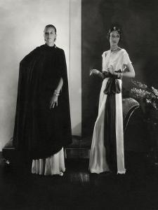 Vogue - October 1932 by Edward Steichen
