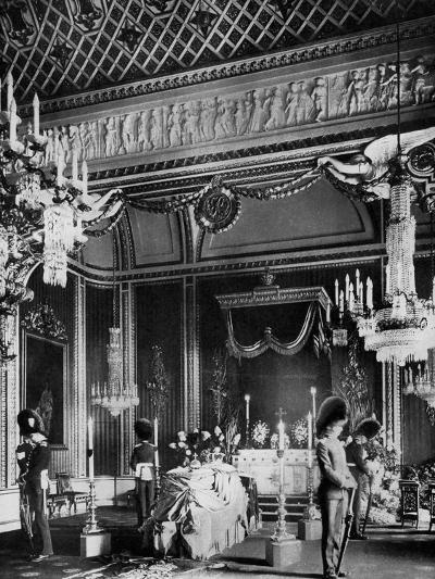 Edward VII Lying in State, Throne Room, Buckingham Palace, London, 1910--Giclee Print