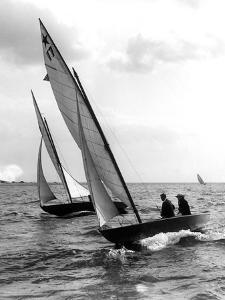 Star Class Boat Race by Edwin Levick