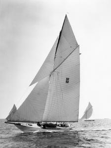Start of the 40 Foot Class New York Yacht Club Race by Edwin Levick