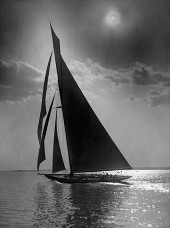 The Vanitie During the America's Cup, CA. 1900-1910