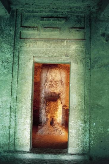 Egypt, Amarna, Tell El-Amarna, Necropolis, Tomb of Dignitary Ahmose, Niche with Statue--Giclee Print
