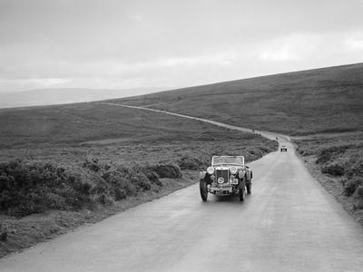 https://imgc.artprintimages.com/img/print/eh-goodenoughs-mg-pb-competing-at-the-mcc-torquay-rally-july-1937_u-l-q13gr0e0.jpg?p=0