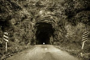 The Nada Tunnel by ehrlif