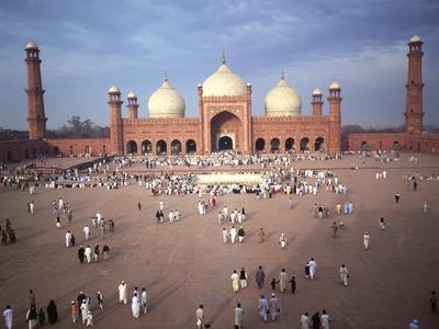 Eid Ul Fitr Celebration, Badshahi Mosque, Lahore, Pakistan--Photographic Print