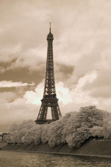 Eiffel Tower #6, Paris, France 07-Monte Nagler-Photographic Print