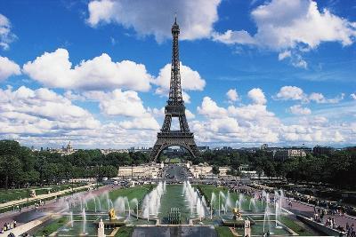 Eiffel Tower and Fountains Oftrocadero, Paris, Ile-De-France, France--Giclee Print