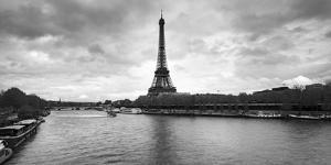 Eiffel Tower from Pont De Bir-Hakeim, Paris, Ile-De-France, France