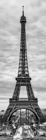 https://imgc.artprintimages.com/img/print/eiffel-tower-paris-france-black-and-white-photography_u-l-pz2y4c0.jpg?p=0