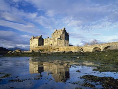 Eilean Donan Castle, Highlands, Scotland, UK-Roy Rainford-Photographic Print