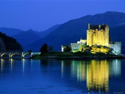 Eilean Donan Castle, Loch Duich, Highlands, Scotland-Steve Vidler-Photographic Print