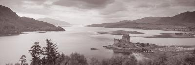 Eilean Donan Castle on Loch Alsh and Duich Scotland--Photographic Print