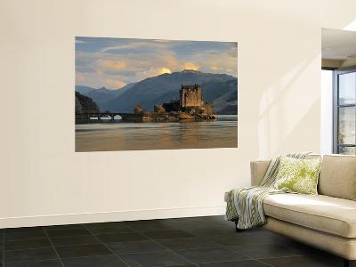 Eilean Donan Castle, Western Highlands, Scotland-Gavin Hellier-Giant Art Print