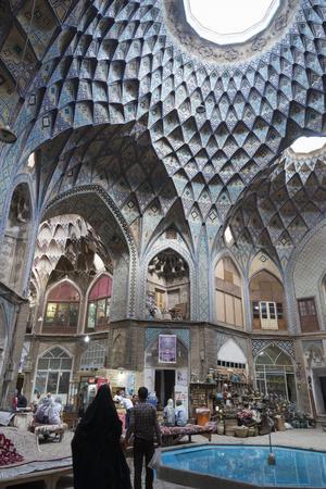 Teashop in a Khan, Bazar, Kashan, Iran, Western Asia