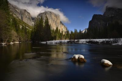 El Capitan Reflected in the Merced River-Raul Touzon-Photographic Print