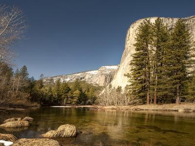 El Capitan Towers over Merced River, Yosemite, California, USA-Tom Norring-Photographic Print