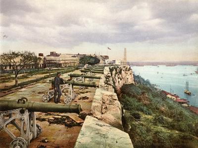 El Parapeto De La Cabaña, Habana, 1900--Giclee Print