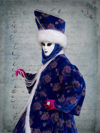 https://imgc.artprintimages.com/img/print/elaborate-costume-for-carnival-venice-italy_u-l-q12t61n0.jpg?p=0
