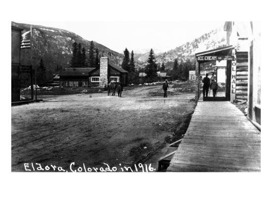 Eldora, Colorado - Street Scene-Lantern Press-Art Print