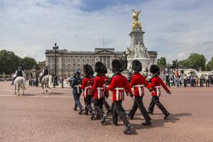 Changing the Guard at Buckingham Palace, New Guard Marching by Eleanor Scriven