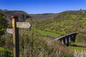 Monsal Head Viaduct and Footpath Sign in Spring, Peak District National Park, Derbyshire, England by Eleanor Scriven