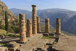 Temple of Apollo, Delphi, UNESCO World Heritage Site, Peloponnese, Greece, Europe by Eleanor Scriven