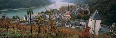 https://imgc.artprintimages.com/img/print/elevated-view-of-bacharach-and-the-rhine-river-in-autumn-rhineland-palatinate-germany_u-l-pwf5100.jpg?p=0