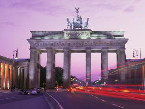 Brandenburg Gate, Berlin by Elfi Kluck