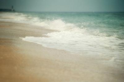 The Tide II by Elizabeth Urquhart