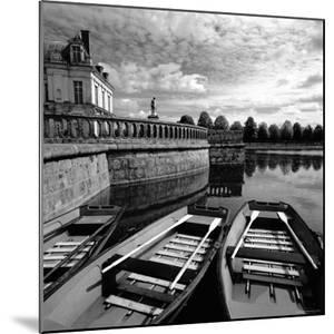 Etang Des Carpes, Palace, Fontainebleau, France by Ellen Kamp