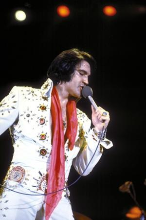 Elvis on Tour 1972 Directed by Robert Abel and Pierre Adidge
