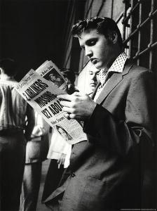 Elvis Presley Reading Sunday Mirror