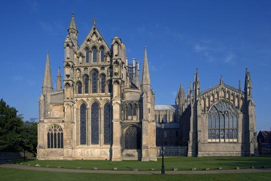 Ely Cathedral (1085), Cambdridgeshire, United Kingdom--Photographic Print