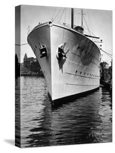 Mr. Astor's Yacht, the Nourmahal, Docked at Port in Kiel by Emil Otto Hoppé