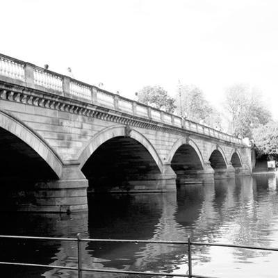 Hyde Park Bridge