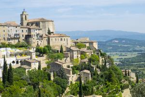 France, Provence, Luberon, Gordes, Vaucluse Plateau by Emily Wilson