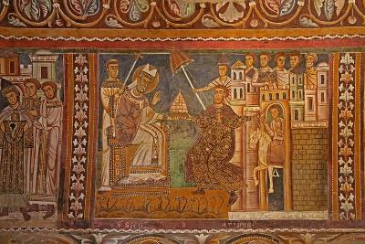 Emperor Constantine Presenting His Imperial Tiara to Pope Sylvester--Giclee Print