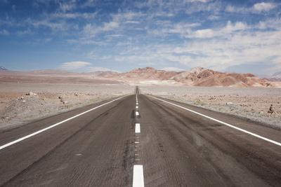 https://imgc.artprintimages.com/img/print/empty-open-road-san-pedro-de-atacama-desert-chile-south-america_u-l-pslmba0.jpg?p=0