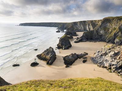 England, Cornwall, Bedruthan Steps, Coast, Sandy Beach, Rocks, Sea-Dietmar Walser-Photographic Print