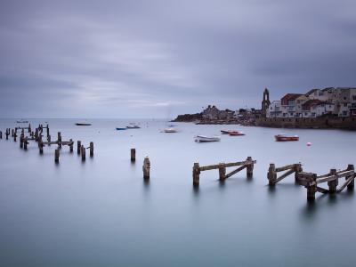 England, Dorset, Swanage-Katie Garrod-Photographic Print