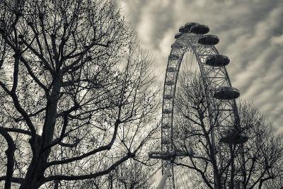 England, London, London Eye, Morning-Walter Bibikow-Photographic Print