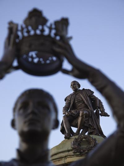 England, Warwickshire, Stratford Upon Avon, Shakespeare Statue-Steve Vidler-Photographic Print