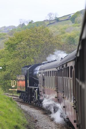 https://imgc.artprintimages.com/img/print/england-west-yorkshire-keighley-and-worth-valley-railway-steam-trains-5-miles-up-worth-valley-t_u-l-q1dgnfl0.jpg?p=0