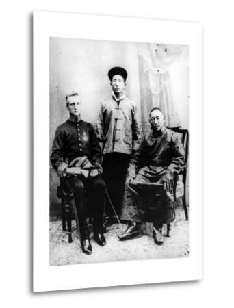 13th Dalai Lama, Sir Charles Bell and Maharaj Kumar Sidkeong Trul-Ku, 1910