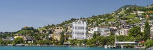 Montreux at the Lake Geneva by enricocacciafotografie