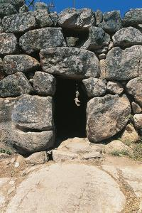 Entrance to Nuraghe Maiori, 2nd Millennium Bc, Tempio Pausania, Sardinia, Italy