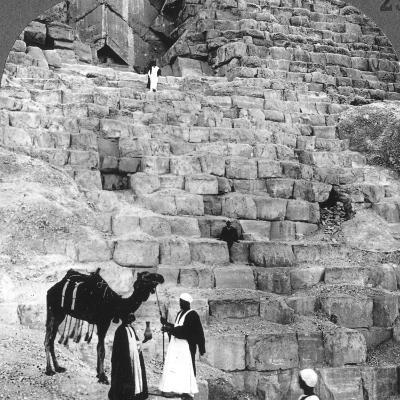 Entrance to the Great Pyramid of Giza, Egypt, 1905-Underwood & Underwood-Photographic Print