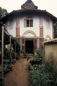 Entrance to the Paradesi Synagogue