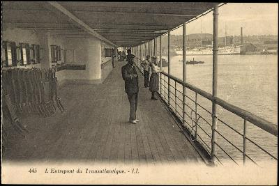 Entrepont Du Transatlantique, Dampfschiff, Promenade--Giclee Print