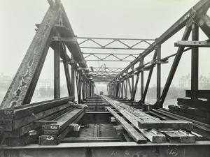 Erection of Emergency Thames Bridge, London, 1942